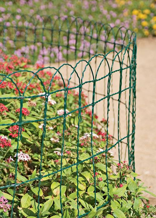 Garden Border Fence With Dark Green Color For Flower Bed.