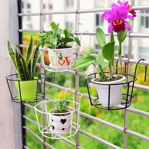 Flower pot holder basket for potted flowers
